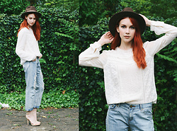 Ashley Treece - Tobi Hampton Boyfriend Jeans, French Connection Lace Detail Top - Heya, heya-- my boyfriend's back