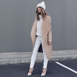 Friend in Fashion * -  - WINTER NEUTRALS