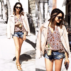 Amber - Doma Pink Jacket, Stillwater Print Blouse, One Teaspoon Jean Shorts, Steve Madden Heels - Street style