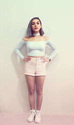 SV - American Apparel Powder Blue Choker Top, H&M Pink High Waisted Shorts, Asos Radiohead White Boots - Post-Pastel