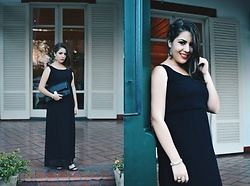 Karen Bartolomeu - Romwe Maxi Black Dress - Maxi Black Dress