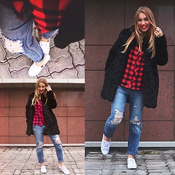 Anna Razumovskaya - Pull & Bear Boyfriend Jeans, Mango Faux Fur Coat - The power of smile