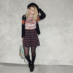 Monika Sekowska - Second Hand Shop Rainbow Jumper, River Island Velvet Turtle Neck Crop Top, Second Hand Shop Vintage Tartan Skirt, Stradivarius Black Fedora Hat, Unif Holographic Bag, Unif High Socks, Tally Weijl Chunky Platform Heels - Tartan Skirt Vintage Look