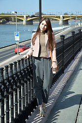 Simona C - Zara Short Blazer, Zara Trousers, Stefanel Wool Sweater, Musette Sport Shoes - Casual in Budapest