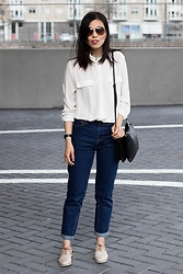 Vivian Tse - Mango Blouse, Mango Bag, Stradivarius Mom Jeans, Sacha Oxfords, Michael Kors Sunnies - Old is the new black :: mom jeans