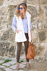 LOLA C - Chicwish Vest, Carolina Herrera Heels, Michael Kors Bag, Steamroller Sunglasses, Zara Shirt - The best vest