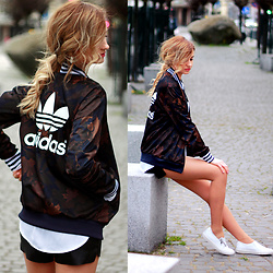 Adriana M. - Adidas Bomber Jacket, New Yorker Leather Shorts, Ann Taylor Basic White Shirt, Nik White Slip On Sneakers - Sporty chic
