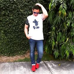 Aris Theo Rivera - Mickey Mouse By American Blvd T Shirt, Mango Man Sunnies, Mango Man Jeans, New Balance Sneakers - STARS & STRIPES