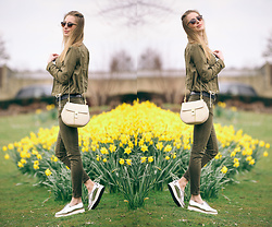 Paulina Grabowska - Stradivarius Jacket, Zara Trousers, Chloé Bag, Office Metallic Shoes - KHAKI + METALLIC SHOES