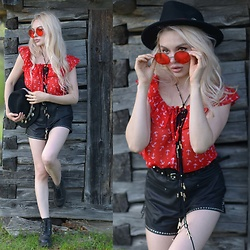 Meda Motisan - Zara Hat, Pull & Bear Shorts, Freyrs Sunglasses - Red at Magura