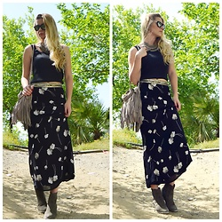 Cagil Korkusuz - Vintage Skirt, Mango Crop Top, Bershka Belt, Zara Shoes, Ali Express Bohemian Bag, Ray Ban Ray Ban, Accessorize Necklace - Vintage bohemian