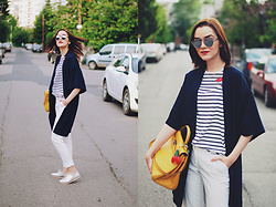 Andreea Birsan - Christian Dior So Real Sunglasses, Zara Striped Tshirt, Koton Navy Jacket, Hermès Kelly Bag, Mango White Trousers, Silver Metallic Shoes - Striped tshirt : spring must-have