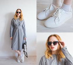 Kristina Magdalina - Wholesale7 Sunglasses, Wholesale7 Sneakers, Wholesale7 Dress, Wholesale7 Bag - Checkered dress.