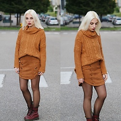 Cátia Gonçalves - Yoins Suede Skirt, Dr. Martens Boots, Cndirect Sweater - And still we keep hoping To fix all the defects