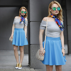 Daria Darenia - Glasses, Vintage Colorful Silk Scarf, H&M Off The Shoulder Top - Colorful Day