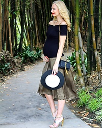 Maria Trima - Zara Hat, H&M Off Shoulder Top, H&M Skirt, Ysl Bag, Louis Vuitton Shoes, Saks Fifth Avenue Necklace - Bumping around! Check my blog www.blondepowder.com