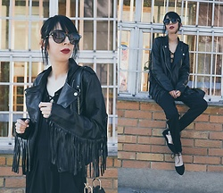 Katy Mage - Yoins Fringe Jacket, Lilylulu Jumpsuit, Pinkbasis Flats - ALL BLACK| Lace up + Fringe