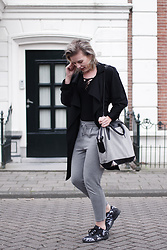 Rowan Reiding - Only Grey Dressed Joggers, H&M Lace Up Body, Mango Black Trench Coat, Alexander Wang Emile Tote Bag, Adidas Zx Flux Sneakers - THE PERFECT SPORTY CHIC BALANCE