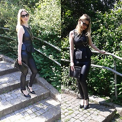 Barbey Marie - Dorothy Perkins Clutch, Forever 21 Top, Bijoux Brigitte Jewelry, Calzedonia Leather Leggins - All in black, all in leather