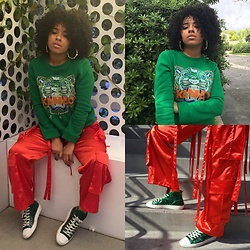 Lee Catherine - Kenzo Pullover, Illustrated People Pants, Opening Ceremony Shoes - CONCRETE JUNGLE