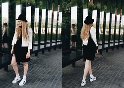 Carla V - Superstar Rize Trainers, Tu Clothing Dress, H&M Jacket, Sak Backpack, Monki Hat - Mirror mirror