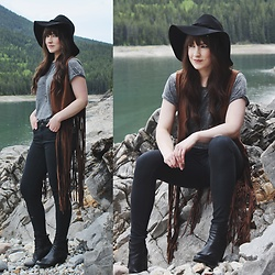 Jocelyn Jacobson - Steve Madden Suede Vest, Free People Floppy Hat - Good Mistake