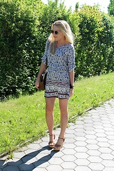 Gosia Borychowska - Orsay Dress, Forever 21 Sandals - Catch the boho style