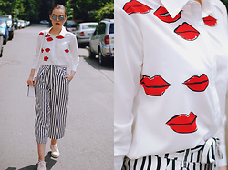 Andreea Birsan - Christian Dior So Real Sunglasses, Zaful Red Lips Print Shirt, Zara Striped Culottes, Color Block Crossbody Bag, Pink Oxford Shoes - The flattering striped culottes