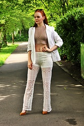 Jana W - H&M Lace Pants, Primark Crop Top, Stella Mccartney Sunglasses - White Lace