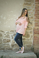 Emma MAS - H&M T Shirt, H&M Jeans, H&M Shoes - Pink striped t-shirt