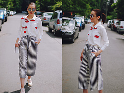 Andreea Birsan - Zara Striped Culottes, Zaful Red Lips Print Shirt, Christian Dior Sunglasses, Color Block Crossbody Bag, Pink Oxford Shoes - The flattering striped culottes II