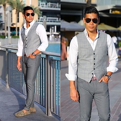 Leo Chan - Express Vest, Zara Pants, Zara Camo Loafers, Uniqlo Striped Belt, Sunnies, Hugo Boss Chronograph Watch - Burj Khalifa - Dubai Style