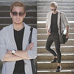 Edgar - White Striped Blazer, H&M Basic Black Tee, Zara Black Cropped Pants, Pull & Bear Black Leather Shoes, Primark Black Leather Bag, Primark Black Sunnies - NEVER ENDING NIGHTS