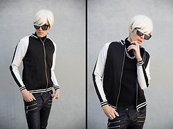 Kyris Kat - Rue21 Track Jacket Windbreaker, Forever 21 Cracked Leather Pants, H&M Chain Necklace, Byther Silver Sunglasses, Platinum Blonde Wig - Warhol-esque