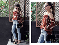 Katerina Kraynova - Mango Off Shoulder Top, Chloe Faye Bag, Mavi Jeans - OFF SHOULDER