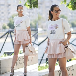 Manuella Lupascu - Sammydress Sunglasses, Romwe Shorts, Pinkbasis Sandals, Shopbop T Shirt - I`m all pink and sweet ♥