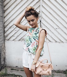 Romina M. - Minkpink Sunshine Coast Tie Neck Halter, Balenciaga Bag, Guess Watch, New Yorker Shorts - Sunshine Coast