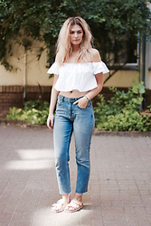 Marie J. - Zara Top, Urban Outfitters Girlfriend Jeans, Birkenstock Sandals - Boho Summer in the City