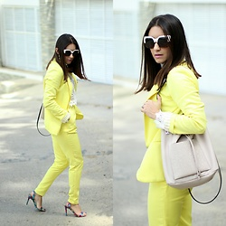 Anyelina G. - Sheinside Yellow Blazer, Calvin Klein Bucked Bag - Yellow Suit