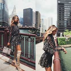 Naila Nazer -  - CHICAGO CHIC