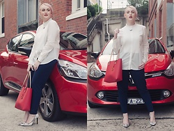 Ashleigh McCallum - French Connection Straight Leg Trousers, Country Road Shirred Bib Shirt, Oroton Estate Tote, Jo Mercer Rapid Heels - Be Your Own #GIRLBOSS With These 4 Lifestyle Hacks