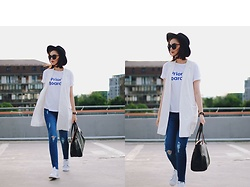 Andreea Birsan - Zaful Sunglasses, Koton Black Fedora Hat, Stradivarius White Vest, Zara White Tshirt, Denim International Distressed Skinny Jeans, Furla Tote Bag, Adidas Stan Smith Sneakers - How to wear skinny jeans this summer