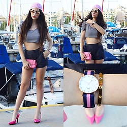 Marina Mavromati - Choies Turban, Daniel Wellington Watch, Givenchy Sunglasses, The Peach Box Bracelet - In The Navy Now!