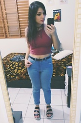 Letícia R - Cherry By Boaonda Flatform, High Waisted Jeans, Forever 21 Cropped - Cropped and high waisted jeans