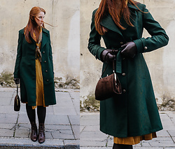Liis Kalda - Liis Kalda Green Coat, Vintage Dress, Vintage Purse, Vintage Scarf - Going to the Theatre