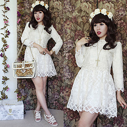 Doll Delight - Zaful Lace Dress, Faux Pearl Ring - Baroque Belle