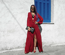 Venetia Kamara - Zaful Maxi Red Dress, Bershka Heels, Accessorize Clutch Bag - SUMMER IN GREECE