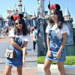 Daphne Blunt - Vintage Tommy Hilfiger Pinafore, Asos Crop Top, Gucci Dionysus Bag, Tijn Eyewear Sunglasses - My Day At Disneyland
