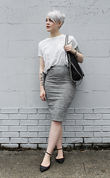 Sarah H - Lily White Skirt, Gap Shoes, Stella Mccartney Bag, H&M Top - Dressed Down Pencil Skirt
