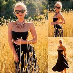 Lida M - Rick Owens Dress, Mawi Necklace, Chanel Sunglasses - [ nude-panelling ]